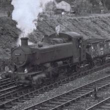 9466 enters Caerphilly from the Beddau Loop and Aber Junction with freight for Caerphilly tar plant goods yard. Friday 17/04/74 Photo by R Masterman
